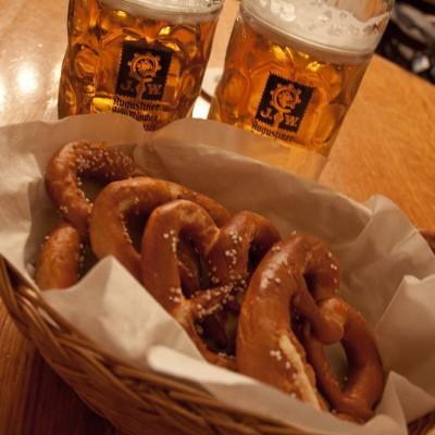 Beer pretzels - Flickr - Kat