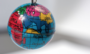 globe - Horia Varlan 300x180