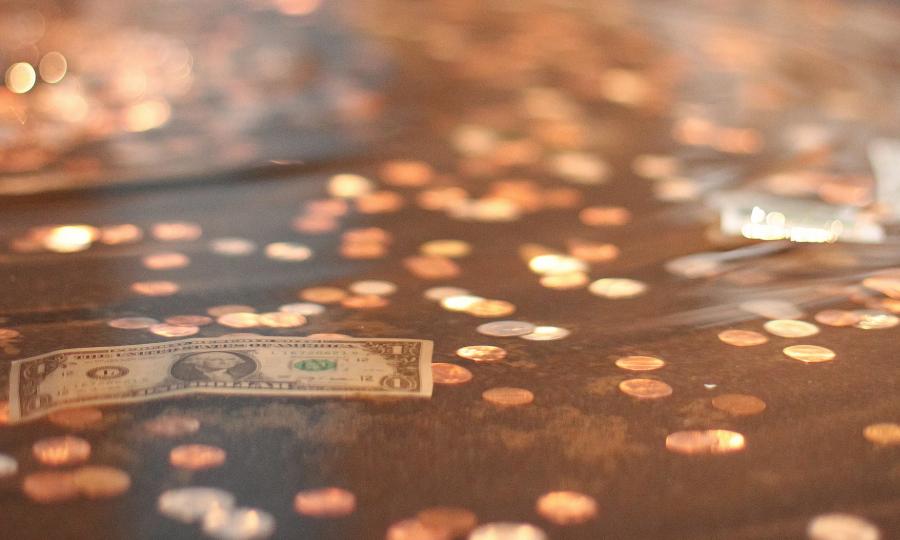 Data - dollars-and-cents-Trenten-Kelley-900x540