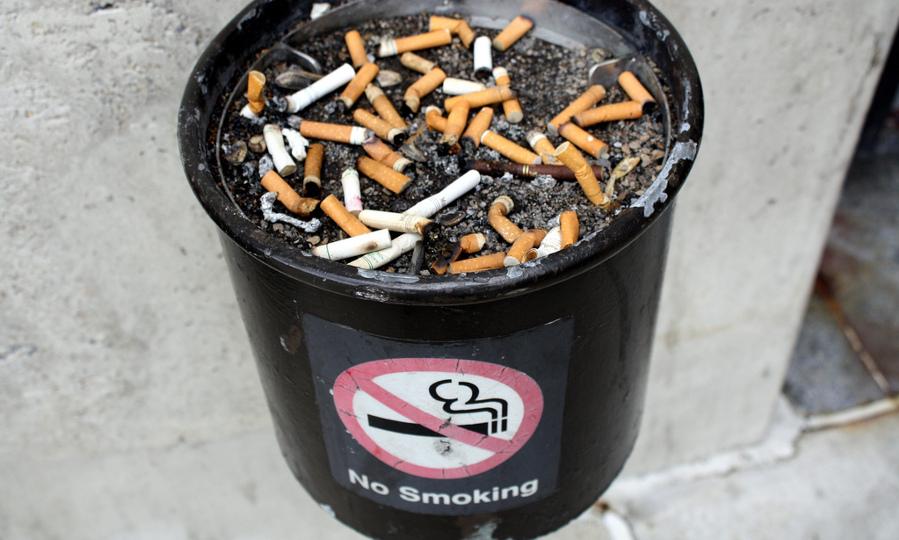 Smoking ban, -public policy and vaping - Elvert Barnes