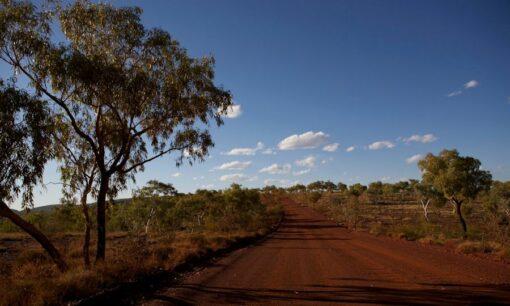 Australia outback-road-michael-theis-900x540